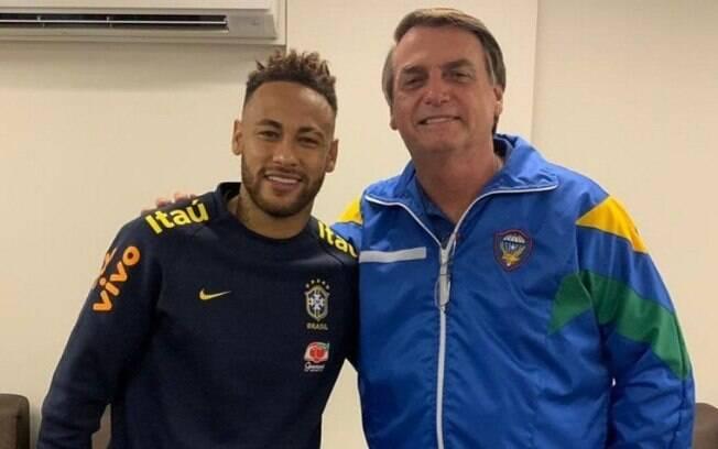 Além da campanha governamental, Neymar corre risco de ficar sem o apoio financeiro de marcas como Red Bull e Nike