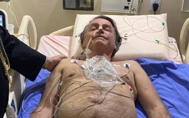 Presidente Jair Bolsonaro (sem partido) internado