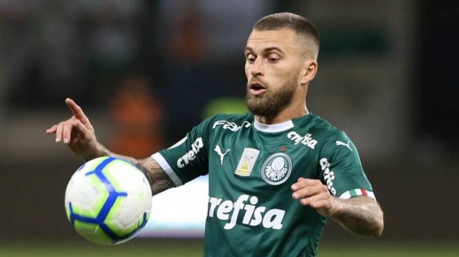 Santos negocia retorno de Lucas Lima