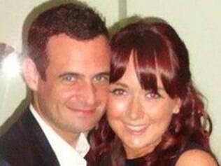 Chris e a noiva: pedido no avião