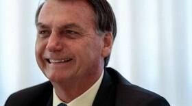 Benefício de R$ 300 está quase acertado, afirma Bolsonaro