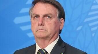 Bolsonaro em Haia reflete desgaste do governo, mas há dificuldade em condenação