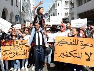 Marroquinas protestaram nas ruas de Rabat