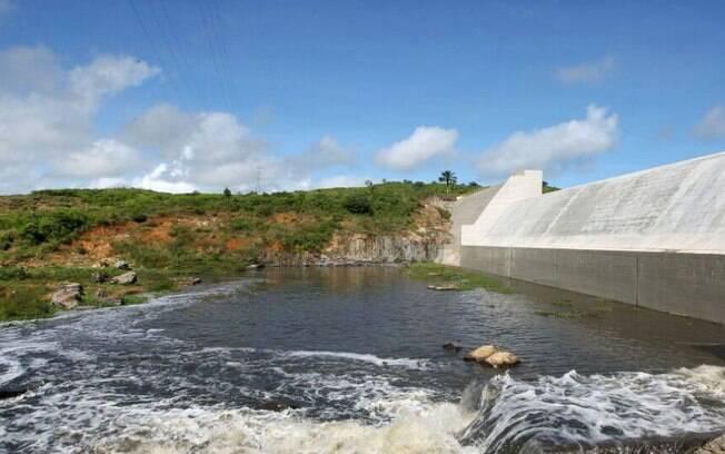 Na Bahia, comunidades temem ruptura de uma barragem de rejeitos de mineração de ouro