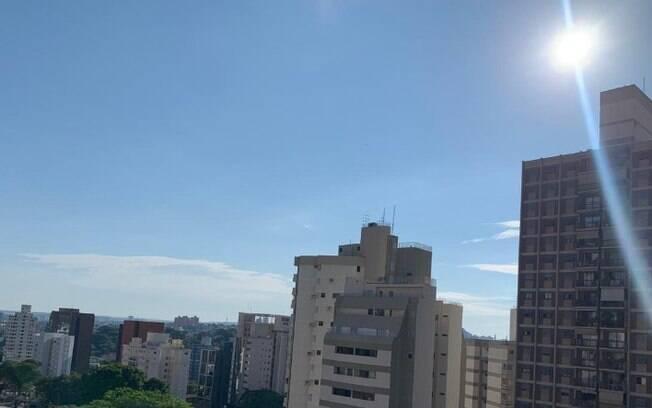 Domingo será de sol entre nuvens com máxima de 33°C, diz previsão