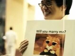 Timothy pede Audrey em casamento: memes na Malásia