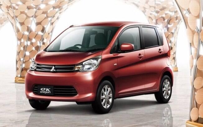 Mitsubishi eK Wagon, um dos veículos envolvidos no esquema de fraude.