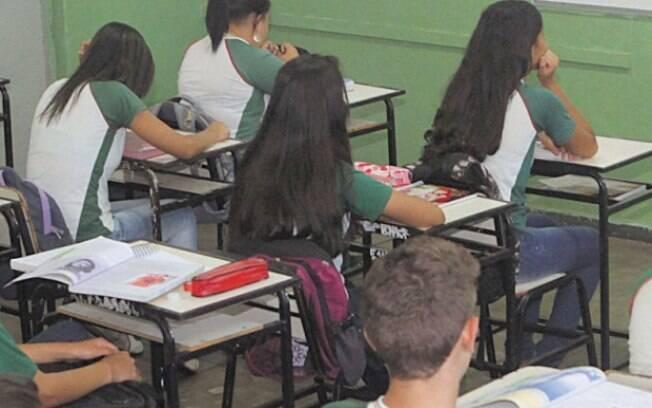Propostas para educação de Bolsonaro conversam com o projeto Escola sem Partido que pregava contra