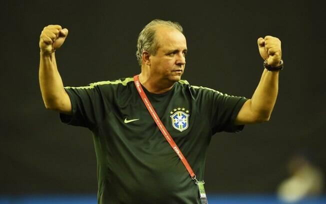 Vadão, em passagem pela seleção brasileira feminina