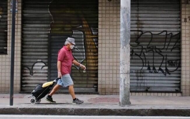 Comércio em Mirandópolis-SP segue fechado