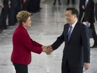 A presidenta Dilma Rousseff recebe o primeiro-ministro da China, Li Keqiang, no Palácio do Planalto, em cerimônia oficial de boas-vindas