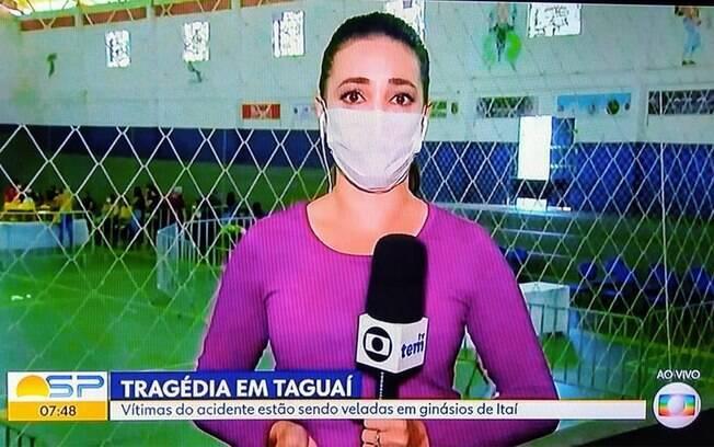 A repórter Nathália Silva chorou ao falar sobre o acidente em Tangauí