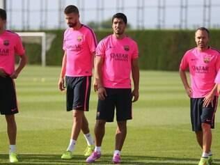 Luis Suárez treinou pela primeira vez com os companheiros no novo clube, o Barcelona