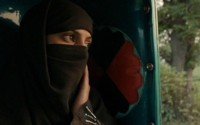 Jovem paquistanesa retratada em documentário foi alvo de tentativa de