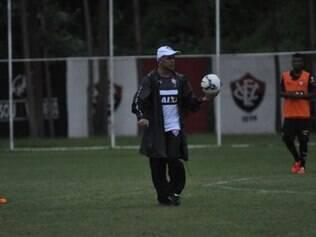 Jorginho posiciona equipe para jogar contra o Sport em Feira de Santana