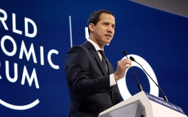 Juan Guaidó foi recebido em Davos com honras de chefe de Estado