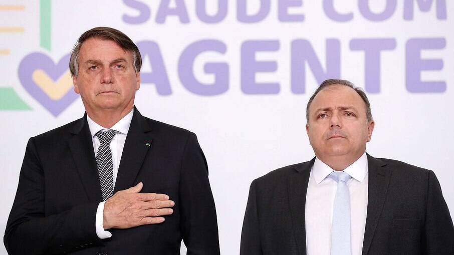 Presidente Jair Bolsonaro e o então ministro da Saúde, Eduardo Pazuello