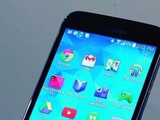 Com tela de 5,1, Galaxy 5S é quase um phablet