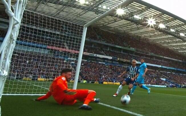 Lloris, do Tottenham falhou e se machucou
