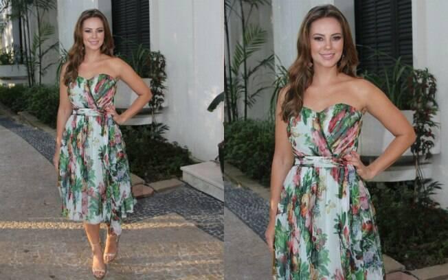 O vestido floral de Paolla Oliveira foi admirado pelos internautas do iG Gente em outubro