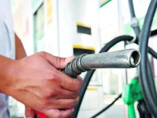 Repasse. Aumento de 3% autorizado pela Petrobras para a gasolina inicia temporada de reajustes