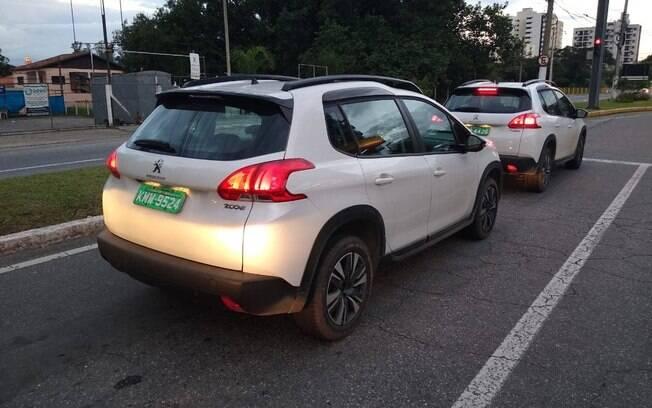 Apenas a disposição das lanternas do Peugeot 2008 serão diferentes na traseira. Pouco muda no geral