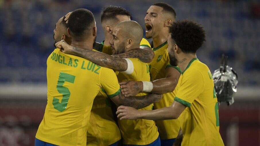Brasil supera a Espanha e fatura bi olímpico no futebol