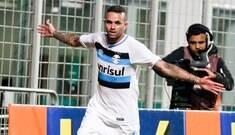 Grêmio atropela Atlético-MG e se junta a Santa e Inter no topo