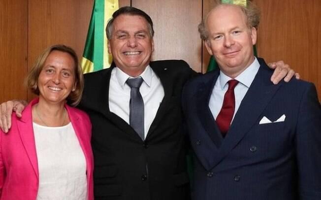 Bolsonaro se reúne com deputada de partido neonazista alemão