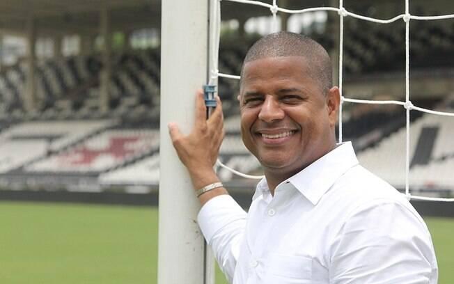 O ex-jogador Marcelinho Carioca iniciou sua vida política em 2010