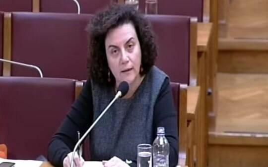 Vice-ministra grega das Finanças renuncia - Empresas - iG