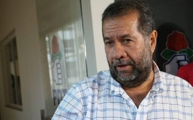 """não somos uma legenda de aluguel, temos tradição e história"""" – Carlos Lupi, presidente do PDT"""