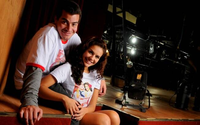 Thiago Martins e Paloma Bernardi em mais um par romântico