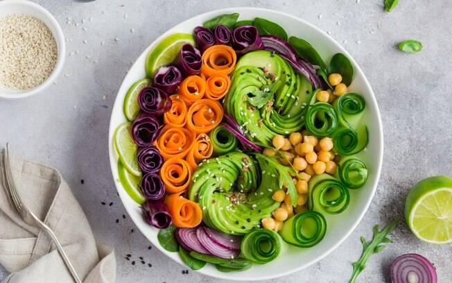 A dieta vegana exclui, além das carnes, outros alimentos de origem animal