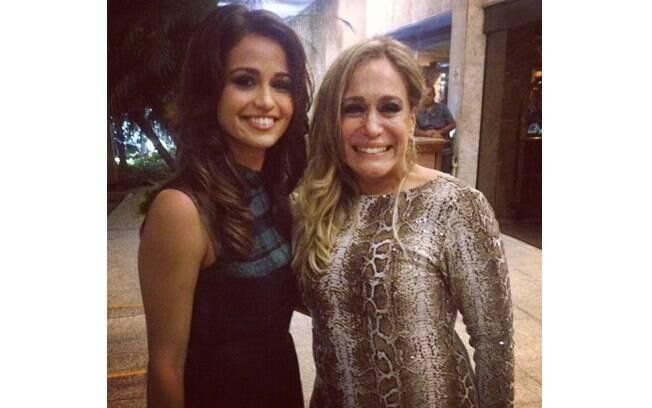 """Susana Vieira compartilhou foto em que aparece ao lado de Nanda Costa: """"Linda, simpática e muito talentosa!"""""""