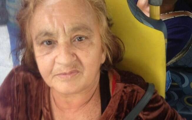 Jovem foi atacada por idosa de 62 nesta quarta-feira (25); o nome da agressora acusada de racismo não foi revelado