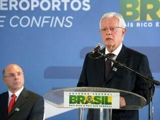 Moreira Franco acredita que o Brasil está preparado para receber turistas em seus aeroportos