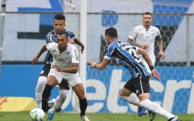 Santos consegue arrancar empate nos acréscimos