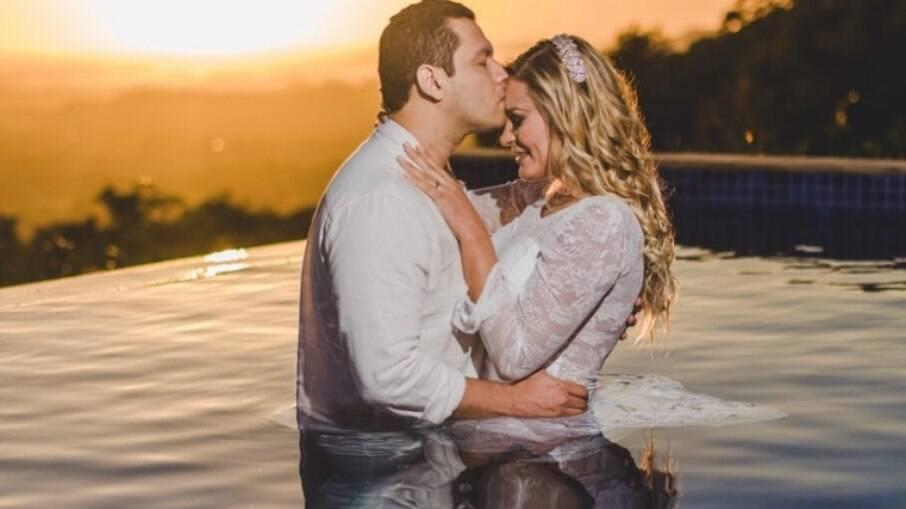 Andressa Urach e marido decidem reatar o casamento