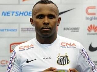 Chiquinho foi emprestado ao Santos até o fim desta temporada pelo Coimbra-MG