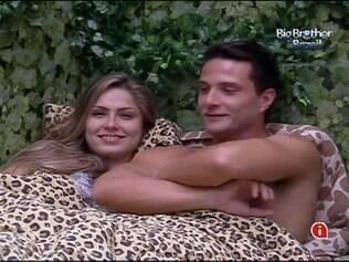 Renata e Ronaldo dividiram o mesmo edredom várias vezes