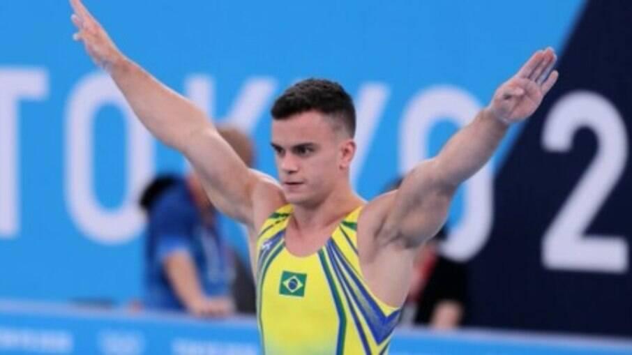 Caio Souza terminou a prova do salto em oitavo lugar