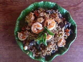 O risoto de funghi com camarão não está no cardápio do restaurante Mar de Estrelas, mas vale a pena pedir
