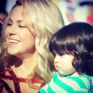 Milan, filho de Shakira, rouba a cena na festa de encerramento da Copa no Maracanã