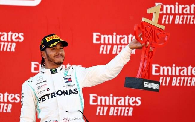 Lewis Hamilton venceu a corrida deste domingo (12)