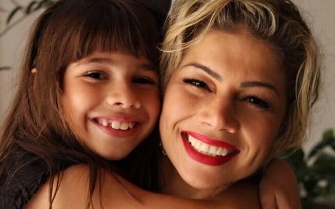 Cátia Paganote e a filha Valentina