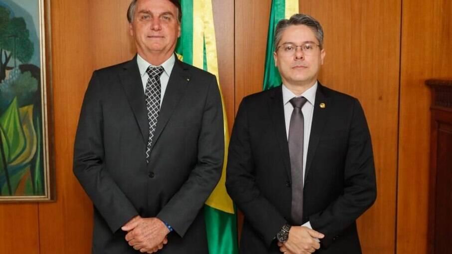 Senador considera que as instituições brasileiras são