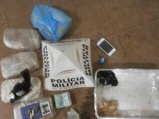 Drogas foram apreendidas na casa da suspeita