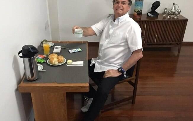 Bolsonaro teve resultado positivo para a Covid-19 em seu último teste realizado na última terça