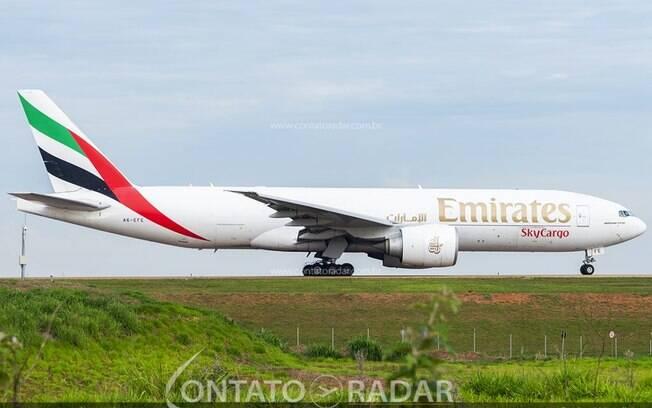 Emirates abre hub cargueiro exclusivo para o transporte de vacinas
